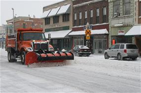 Snow Plow clears Lincoln Highway